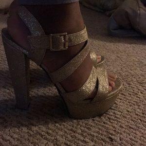 Diva Glittery Gold Heels